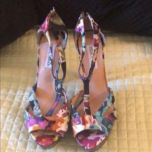 Steve Madden platform shoes